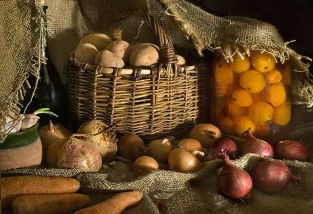 Как правильно хранить овощи после сбора урожая на даче?