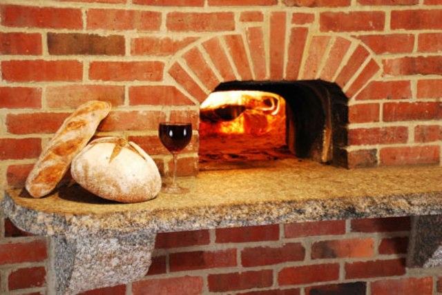 Кирпичная печь для хлеба