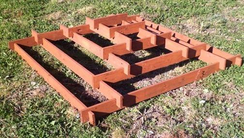 пирамидальная клумба своими руками инструменты и материалы