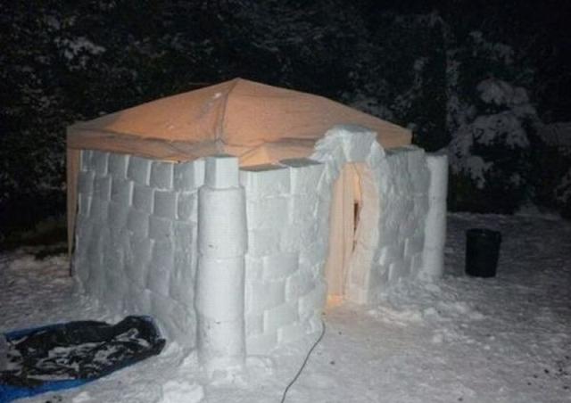 Как построить снежный домик на даче